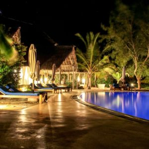 Lonno Lodge at night, lights in the swimming pool